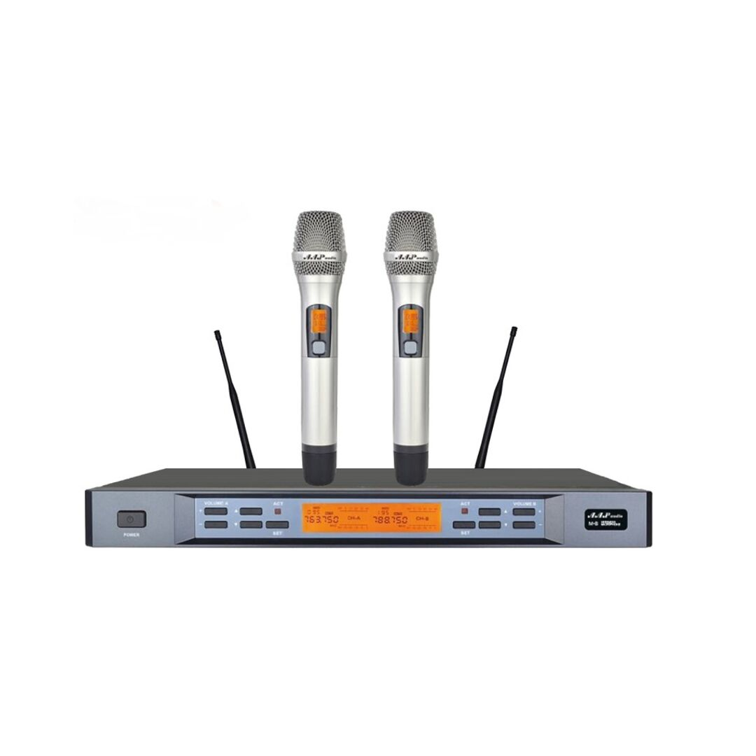 mic AAP M8